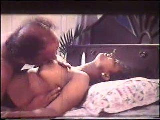Mallu groß brust aunty