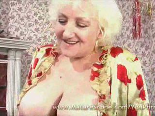 Tłusta dojrzała pokojówka gets fucked