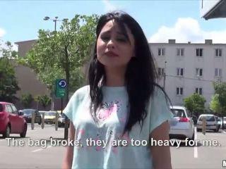 Szexi forró román rides -val egy stranger