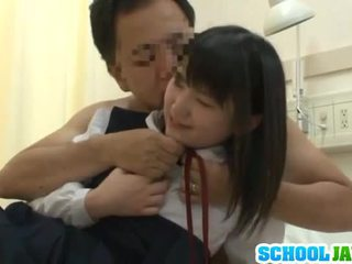 Kineze trainee visits male freind brenda spital