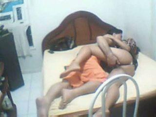 Indiane çift i kapuri shtëpi sextape