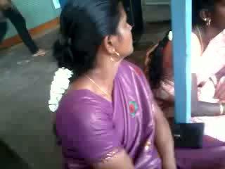 Satynowe jedwab saree aunty, darmowe hinduskie porno wideo 61