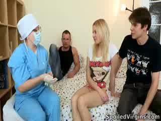 Losing ji virginity je an úžasný událost a natali wants na provést the většina na to.