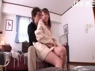 brunetta, giapponese, culo