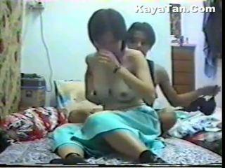 Malay kiinalainen pari seksi alle kätketty nokan