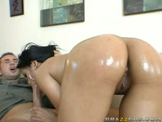 Endah sundel priva sucks a lucky mans dasamuka unfathomable in her warm mouth