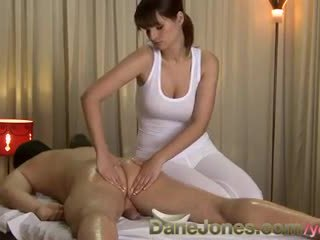 Danejones הגדרה גבוהה סקסי מסג' מן חמוד חזה גדול שחרחורת אישה