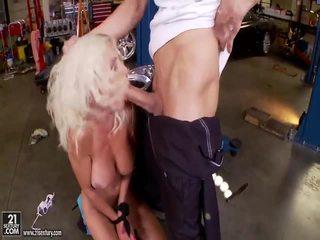 कट्टर सेक्स, hard fuck huge dick, बड़ी डिक्स