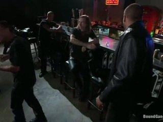 Melody jordan has gangbanged en la motard bar