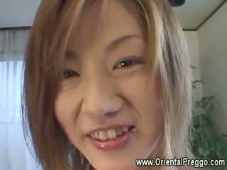 الآسيوية فتاة غير getting extremely أقرن