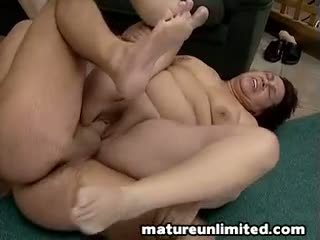 Two çişik moms bellys and gotak sik