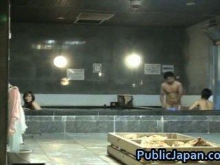 Haruka sasai asijské female gangbangs jeden