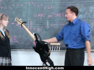 Innocenthigh- manis orang berambut pirang fucks dia guru <span class=duration>- 12 min</span>