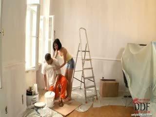 Abbie cat sucks ο painter