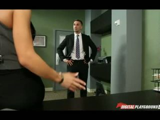 Velika joški madison ivy banged v pisarna