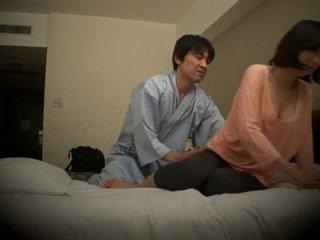 Subtitled japonesa hotel masaje oral sexo nanpa en hd <span class=duration>- 5 min</span>