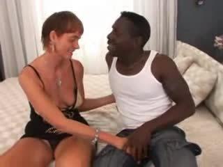 Karvane granny rassidevaheline anaal