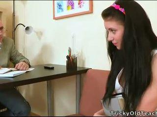 Zmyslové tutoring s učiteľka