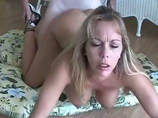 Amber lynn bach gets doggy pakliuvom & creampied: nemokamai porno eb