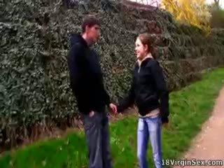 Clarissa met a guy v the park a oni fucked.