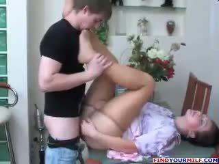 Warga rusia ibu dan anak pantyhose fetish /ketagihan erotik seks