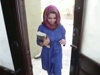 Potrebni rjavolaska arab najstnice ada gets filled