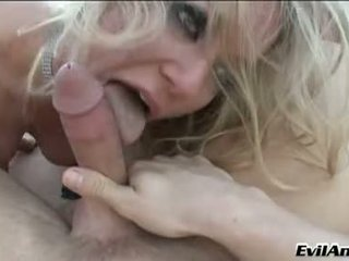 Lusty Dia Zerva Is Thumping A Juicy Ha...