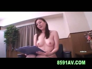 Yuma asami fica licked da amatoriale ragazzo