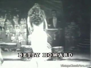 Reusachtig titted betty howard
