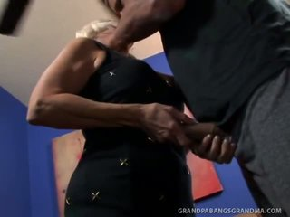 Big Boobie Grandma Vikki Vaughn Likes Coarse Big Cock Sex