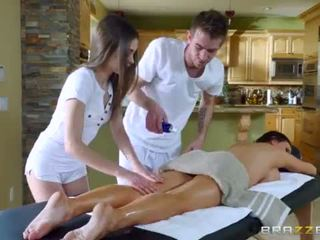 Brazzers - sexy in trei masaj <span class=duration>- 7 min</span>