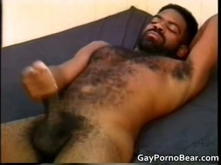 Gratis homosexual bears fucks and sucks