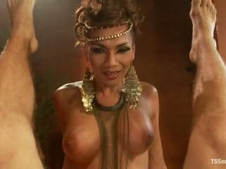 Ts Yasmin Lee As Cleopatra Tsseduction Com Special Feature