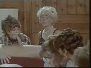 Das lustschloss der josefine mutzenbacher (1986) rapariga vestida gajo nu cena