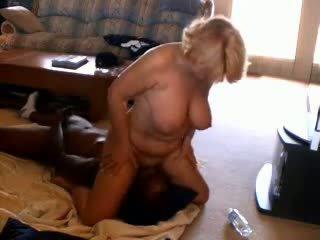 角質 成熟 妻子 adoring 黑色 dicks, 色情 33