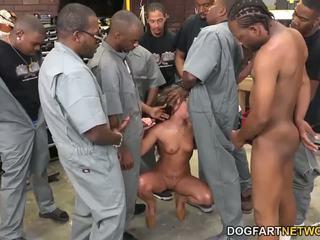 Amirah adara fucks an entire crew dari hitam guys