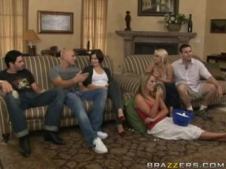 Percuma bogel antara keluarga lucah video