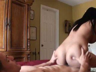 bruneta, hardcore sex, velký péro