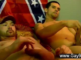 i ndyrë, pa shalë, homoseksual