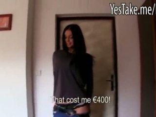 Busty amatér dlouho haired čeština dívka vikky pumped pro peníze