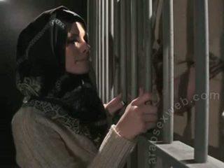 "Pro blowjob trong hijab từ ""this ain't homeland""-asw1080"