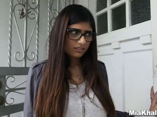 Mia khalifa wants a ozruta trojka