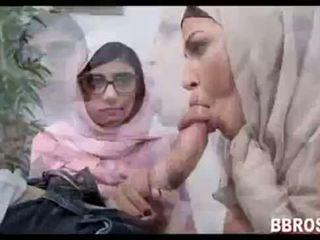 Mia khalifa lebanese arab 女孩