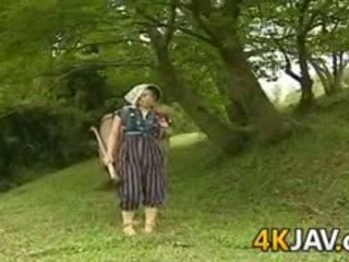 Vintāža japānieši jāšanās outdoors