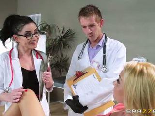 Avec aaliyah amour s regular physician retiring elle