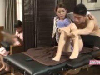 Καυλωμένος/η ιαπωνικό πόρνη γαμήσι