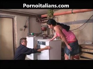 Italiyano pornograpya mga bidyo - idraulico scopa casalinga troia italiyano italiyano italiyano