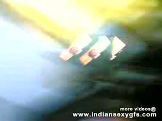 Desi bhabhi עיקרת בית cocksucking מזיין - indiansexygfs.com