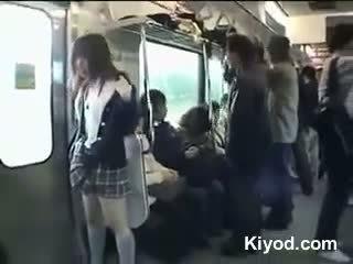 Javno vlak goli