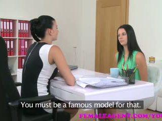 Femaleagent חזה גדול agent seduces ביישן beauty ב steamy לסבית ליהוק